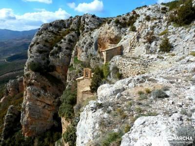 Viaje Semana Santa - Mallos Riglos - Jaca; excursiones de un dia; gente senderista;senderismo la ra�